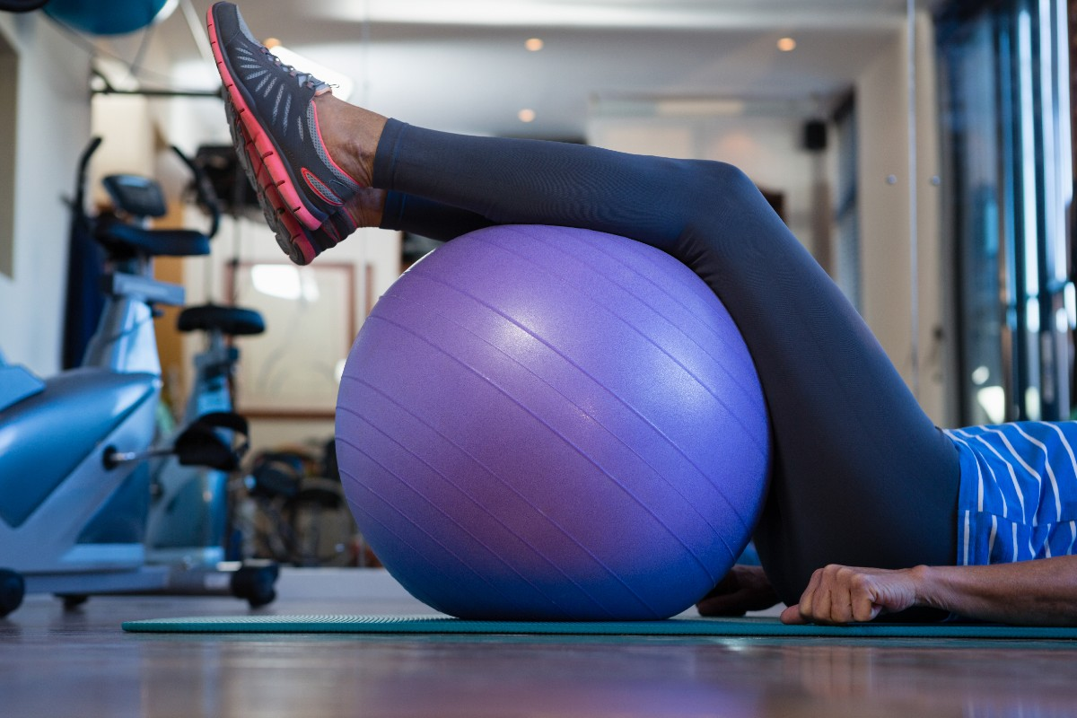 How to Remove a Plug from an Exercise Ball